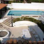 villa cora schwimmbad