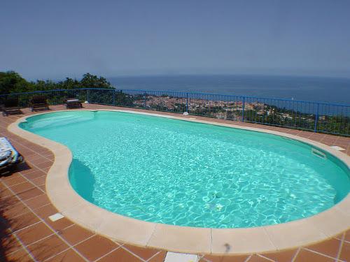 villa paradiso schwimmbad