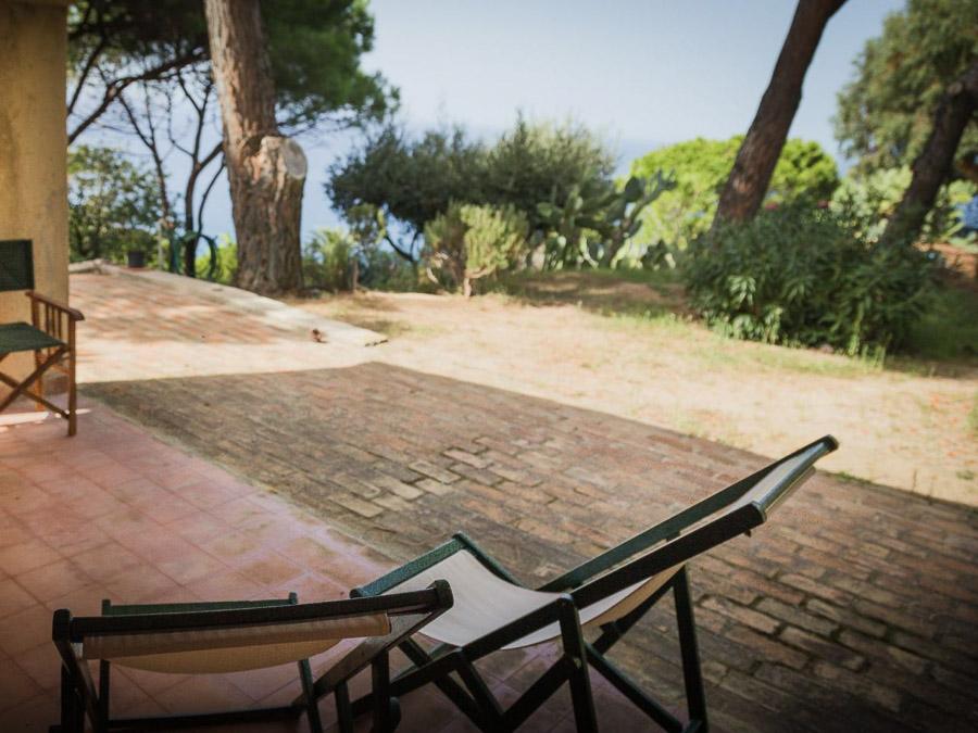 Strandnahes Ferienhaus in der Natur am Capo Vaticano - Aussenbereich