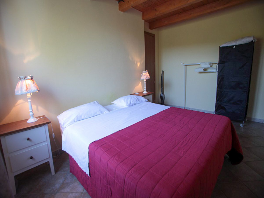 Komfortable Ferienhäuser mit Pool am Capo Vaticano - Doppelzimmer