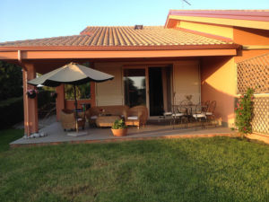 Komfortable Ferienhäuser mit Pool am Capo Vaticano - Aussen