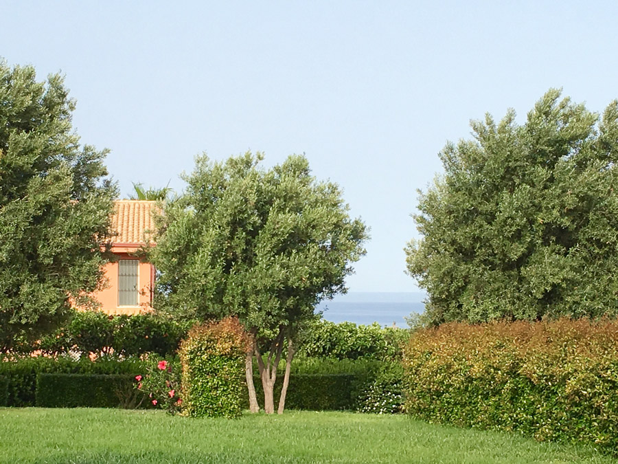 Komfortable Ferienhäuser mit Pool am Capo Vaticano - Garten
