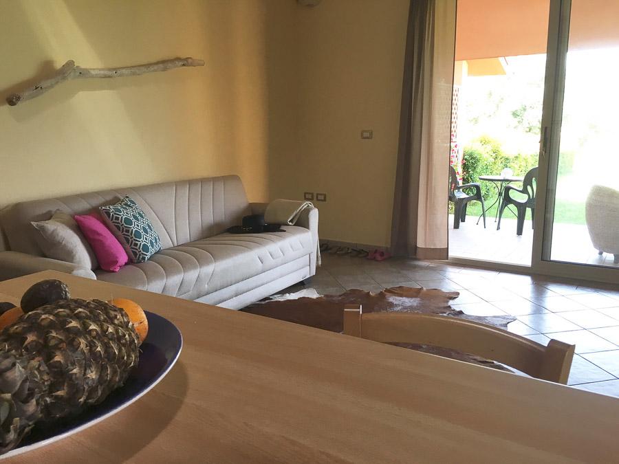 Komfortable Ferienhäuser mit Pool am Capo Vaticano - Wohnzimmer