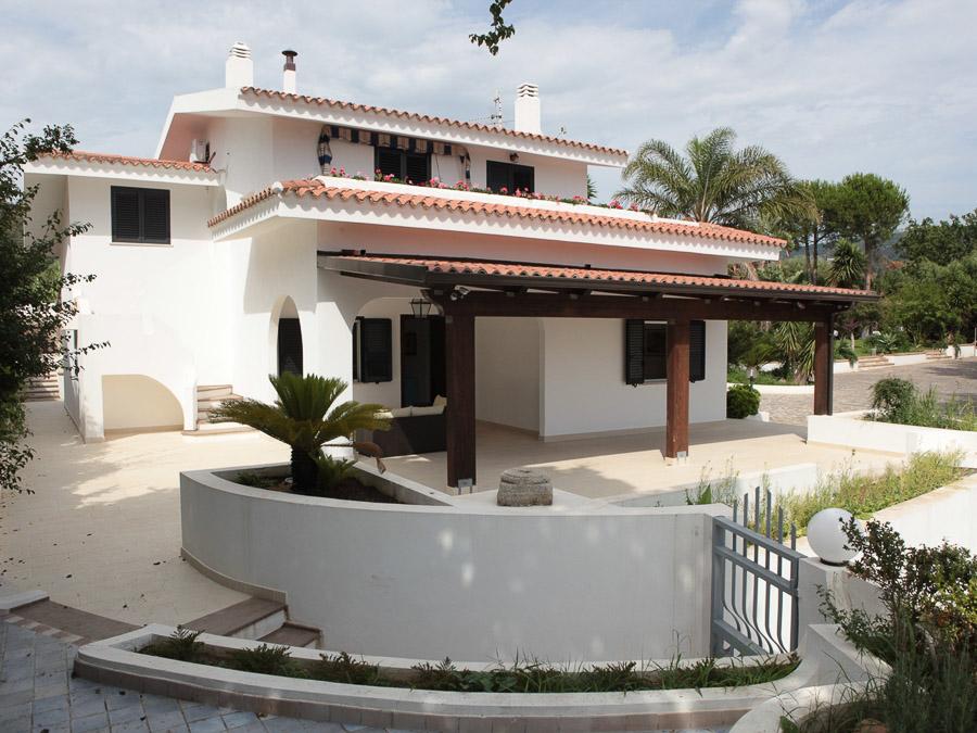 Casa Melograno – Moderne Ferienwohnung mit Pool am Capo Vaticano in Kalabrien, Süditalien - aussen