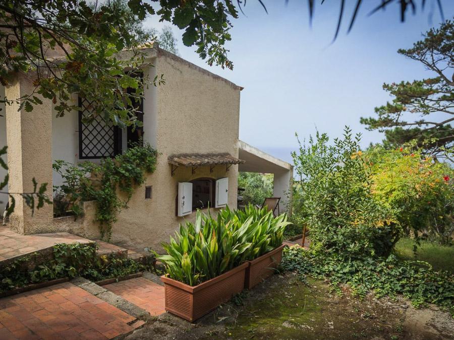Casa Portico – Reizendes Ferienhaus mit großer Veranda am Capo Vaticano in Kalabrien, Italien - Grundstück