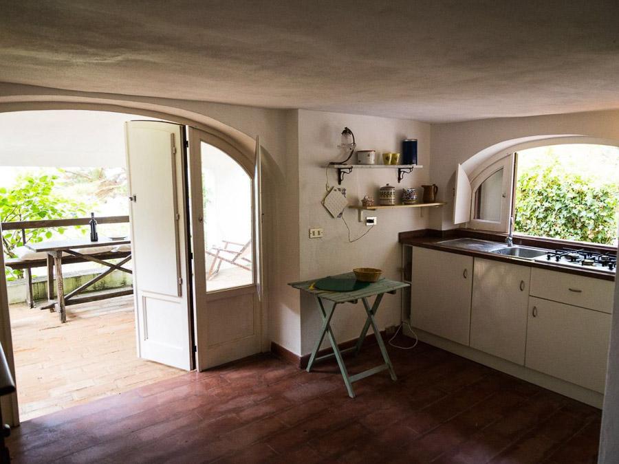 Casa Portico – Reizendes Ferienhaus mit großer Veranda am Capo Vaticano in Kalabrien, Italien - Küche