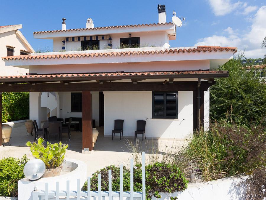 Casa Spiga – Komfortable Ferienwohnung in Kalabrien - Aussenansicht
