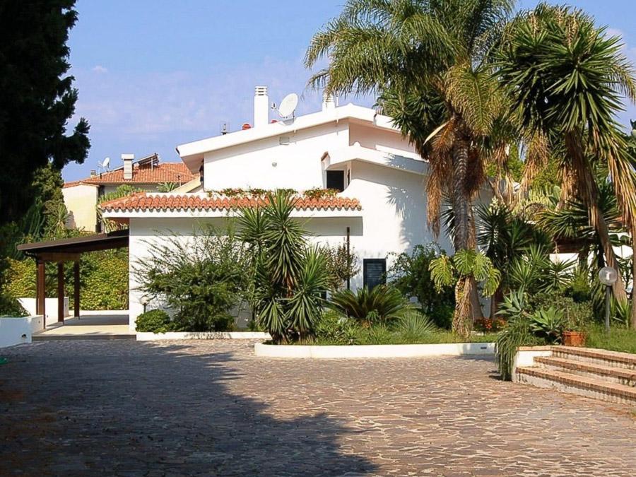 Casa Spiga – Komfortable Ferienwohnung in Kalabrien - Zufahrt