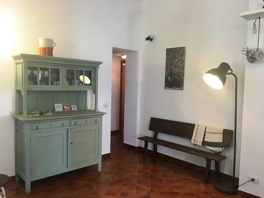 Casa Theo- Ferienhaus am Capo Vaticano mit herrlichem Meerblick - Wohnraum