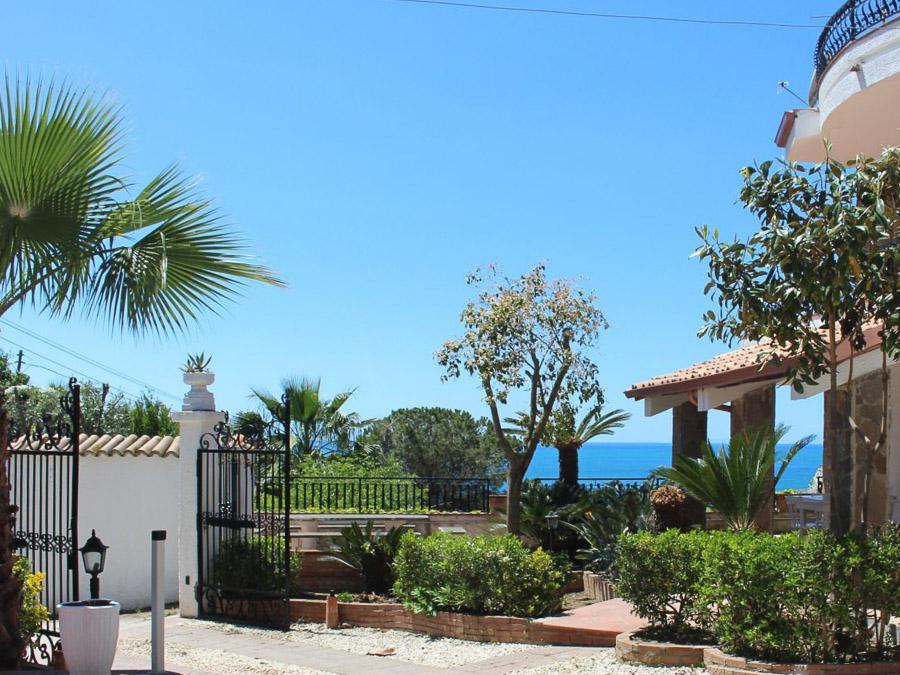 Villa Anna am Capo Vaticano Kalabrien - eine Ferienvilla - Garten