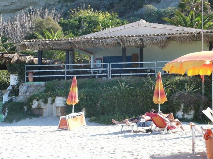 Villetta Contura – Meerblick, strandnah und mit Pool Capo Vatiano - Strandnah