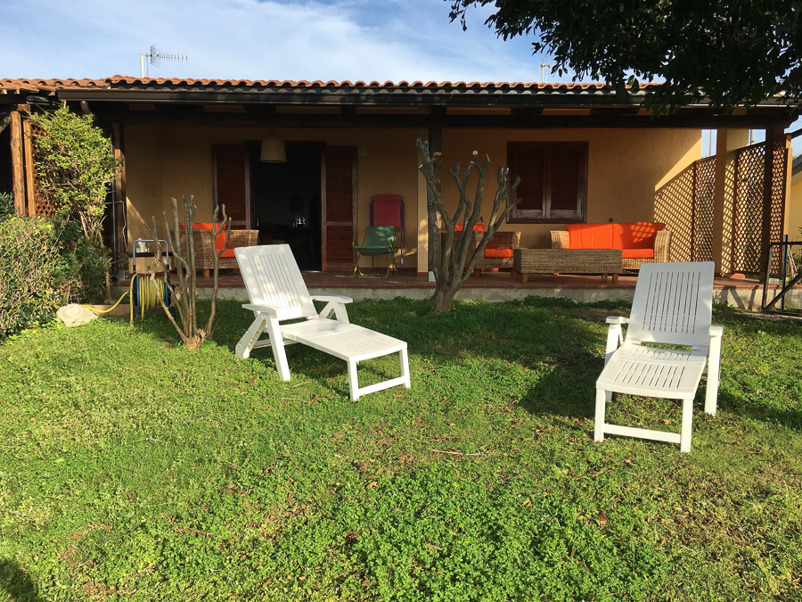 Villetta Manuela – Meerblick, strandnah und mit Pool Capo Vatiano - Garten