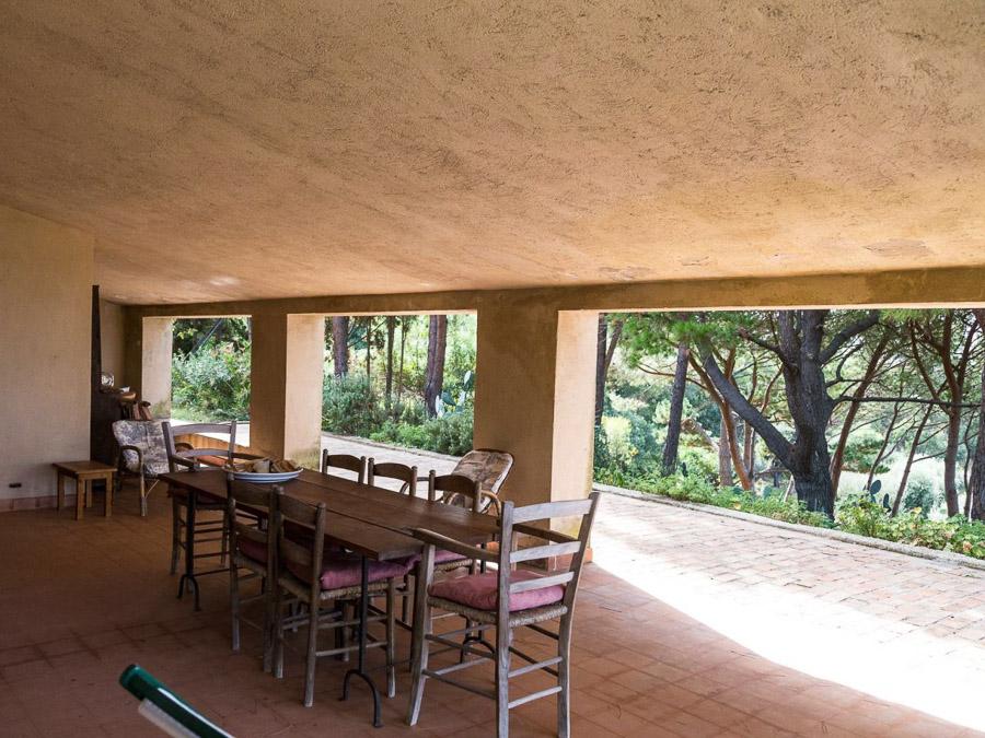Strandnahes Ferienhaus in der Natur am Capo Vaticano - Terrasse