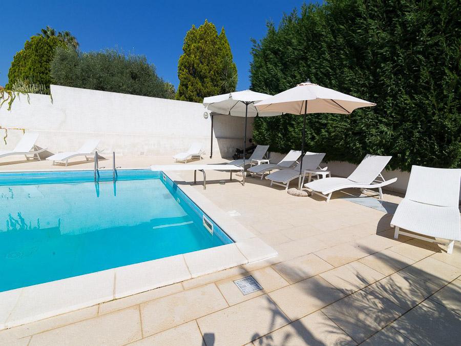 Villa Cora – Exklusive Ferienanlage am Capo Vaticano in Kalabrien - Swimimngpool