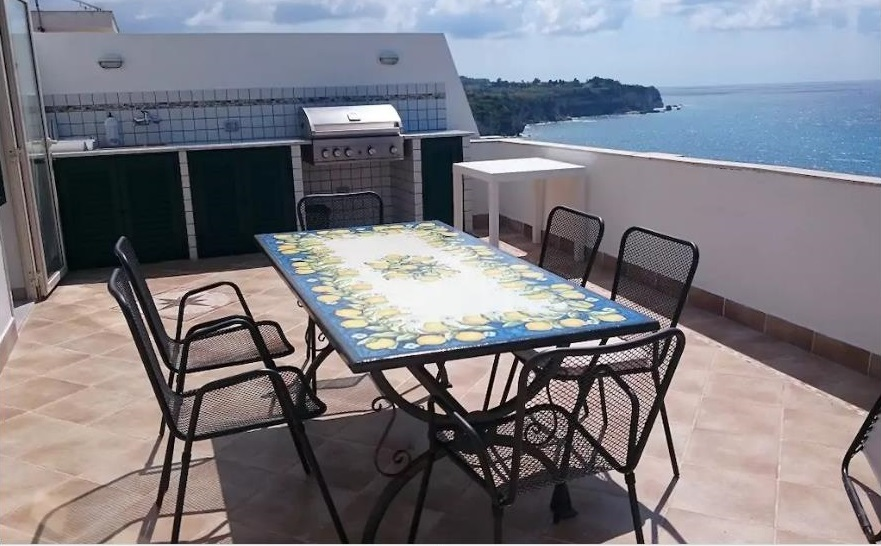 Panoramablick Tropea Attico Terrasse in Kalabrien